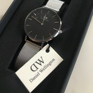 Brand-New AUTHENTIC Daniel Wellington Watch